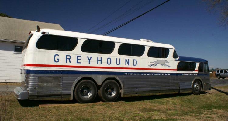 Greyhound Express laun...