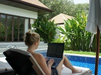 Digital nomad interview: Hannah and Chris from Love Play Work